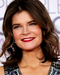 Betsy Brandt, Skylight Theatre 2017, Life In Pieces Star