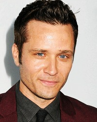 Seamus Dever, Skylight Theatre 2017, Castle TV series regular